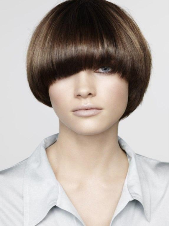 Topfschnitt Frisur