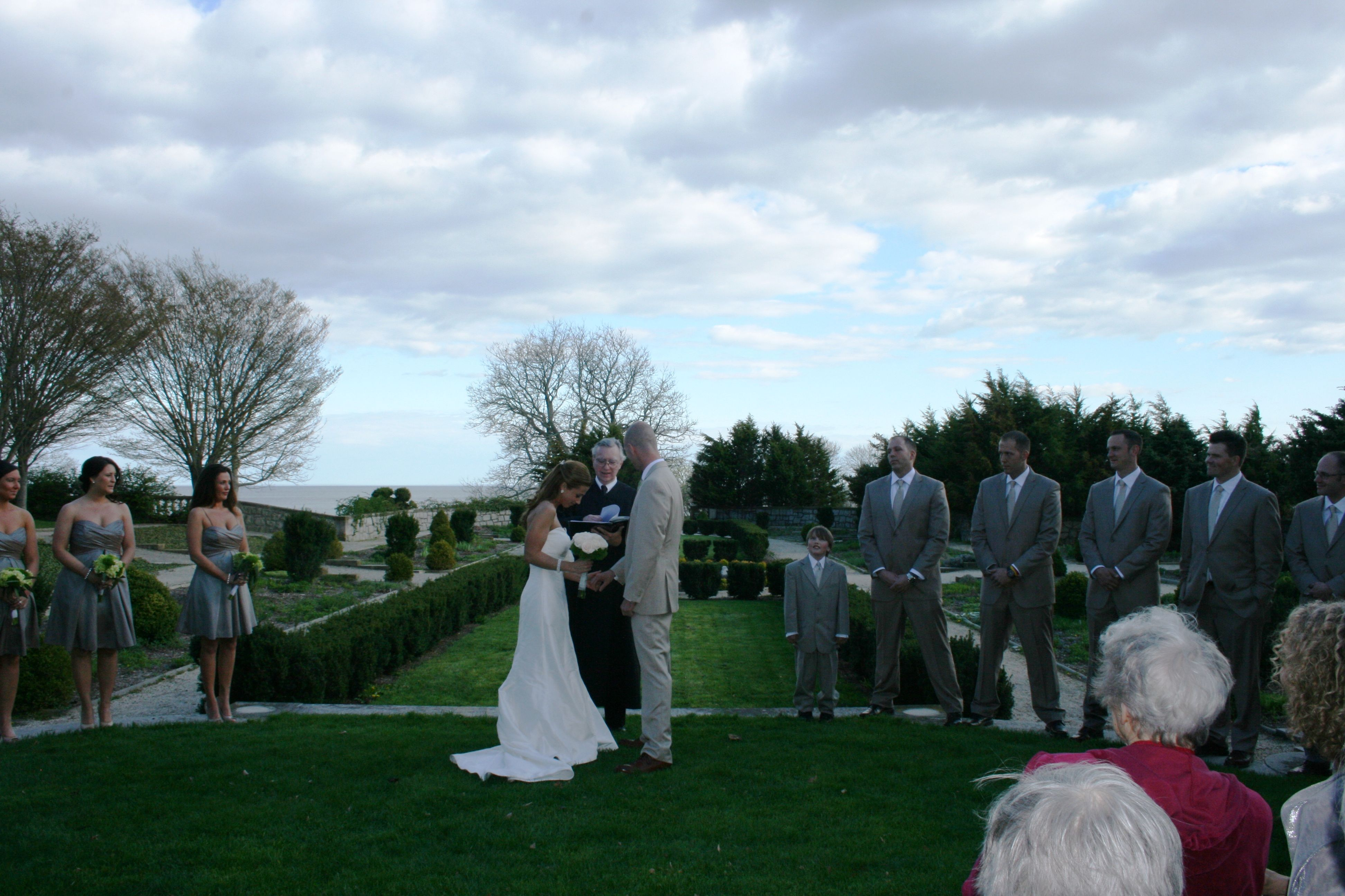 Even As Early As April Of Most Years The Harkness Pergola And Garden Are Great Settings For A Formal Wedding State Parks Memories Waterford