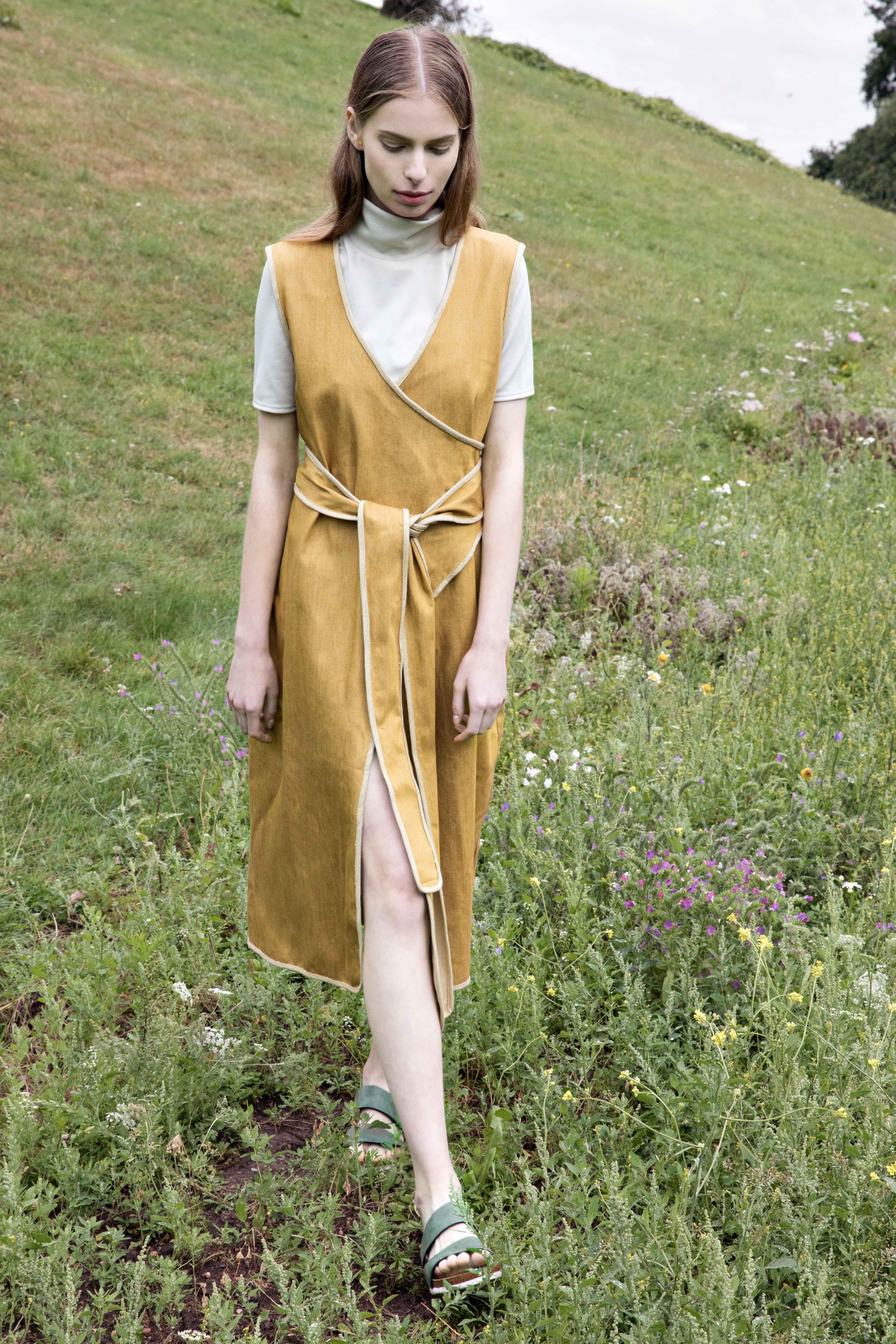 Fashion Editorial Fashion Editorial High Fashion Vogue Vogueuk Elle Patiencestudio Fashion Design Fashion Designe Fashion Slip Dress Dresses