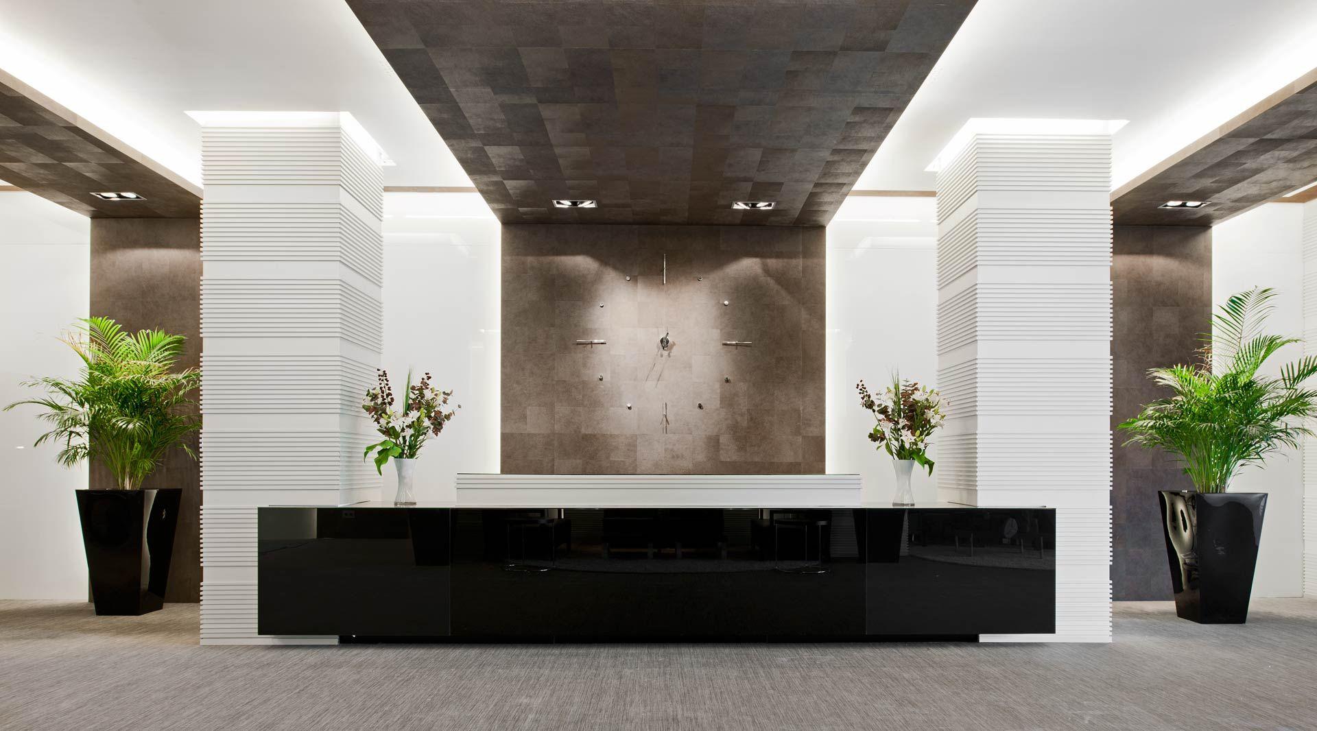 Angyrainside oficinas pinterest recepciones for Interiores de oficinas modernas