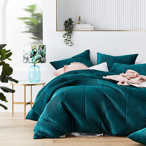 Newport Quilted Velvet Peacock Quilt, Jewel Tone Green Bedding