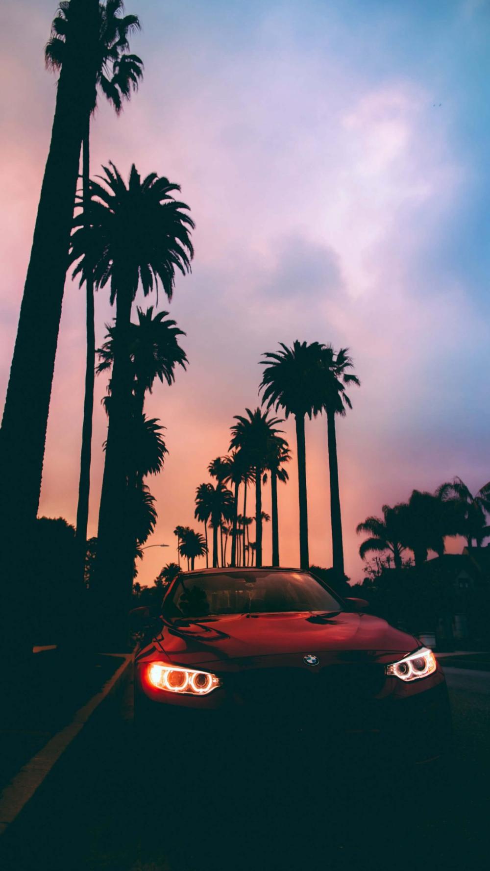 999+ 4K HD iPhone Lockscreen Background Wallpaper