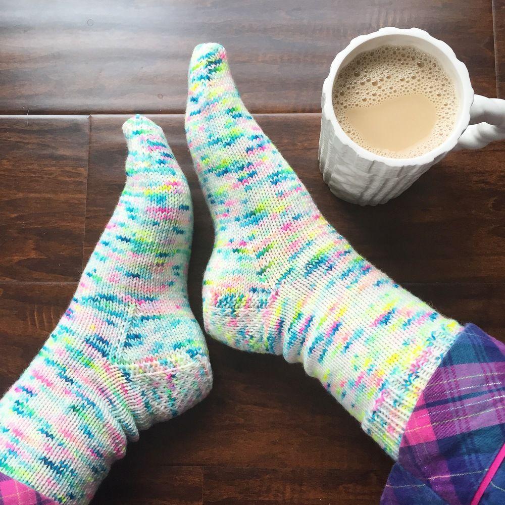 My Favorite Vanilla Socks - PDF Knitting Pattern