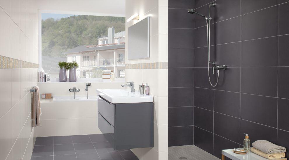 Begehbare Duschlösungen mit Fliesen V & B Fliesen