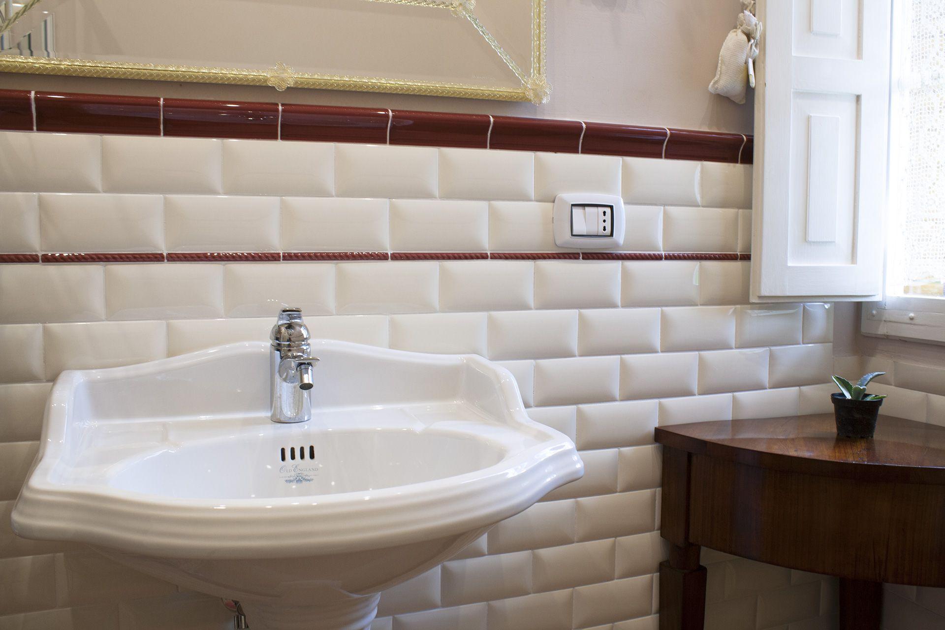ceramic tile bathroom wall white wall bone wall bathroom rh pinterest com