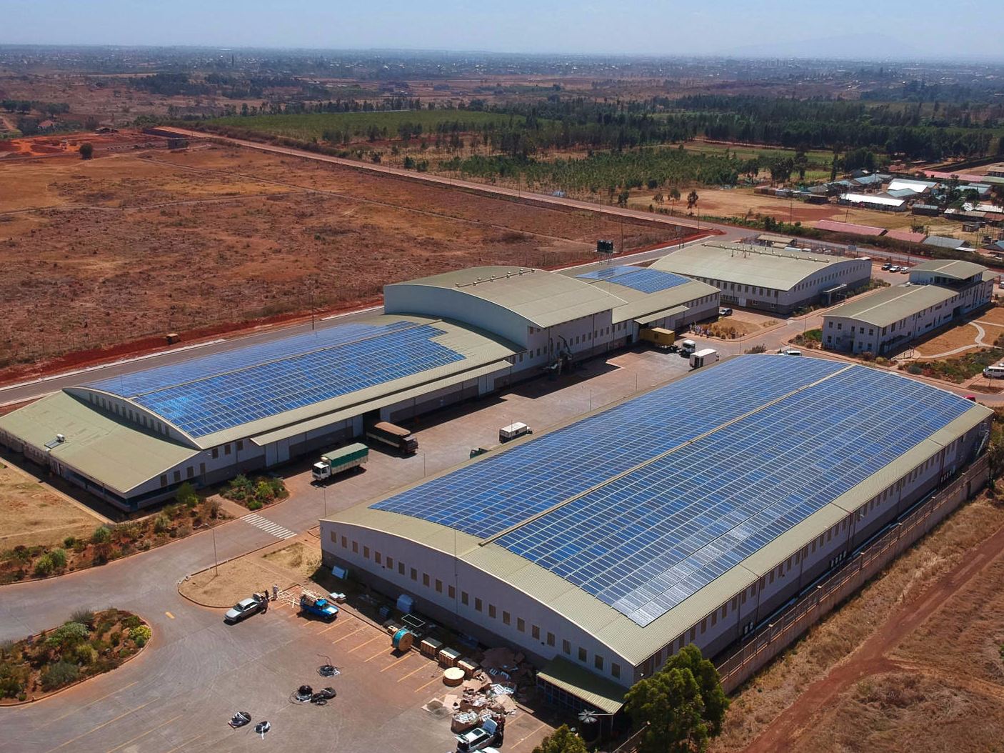 Tatu City In Kenya Boasts Largest Rooftop Installation In The Country 1mw Rooftop Installation Green Building