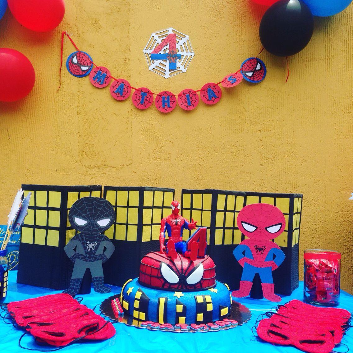 Una Decoracion Sencilla De Spiderman En 2019 Decoraciones