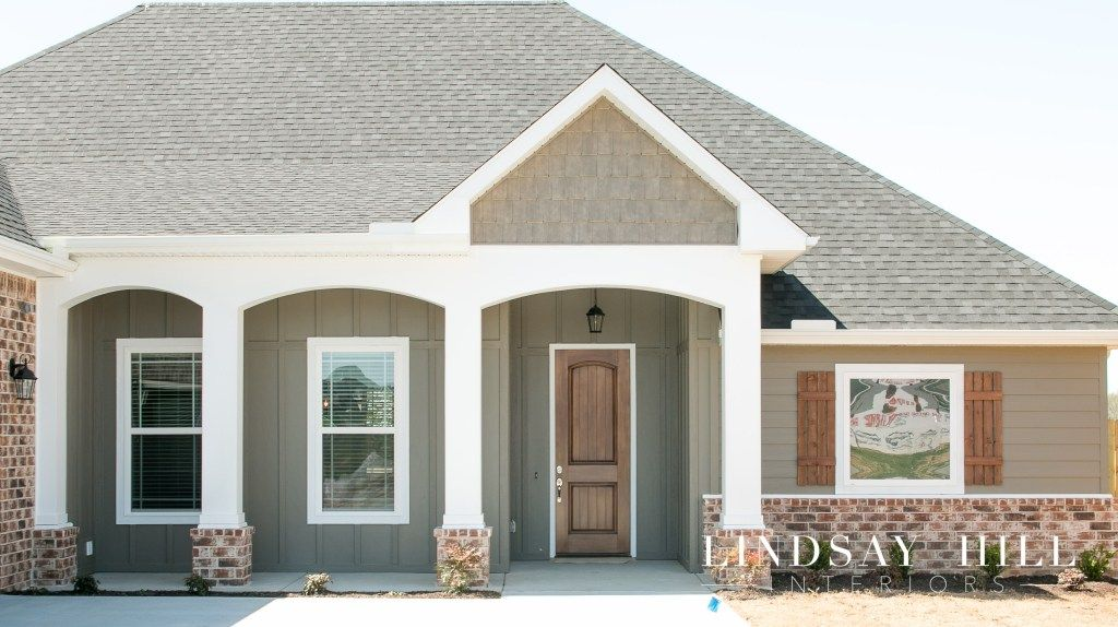 Personalizing A Builder S Tract Home Add Curb Appeal Lindsay Hill Interiors Hill Interiors Affordable Interior Design Curb Appeal