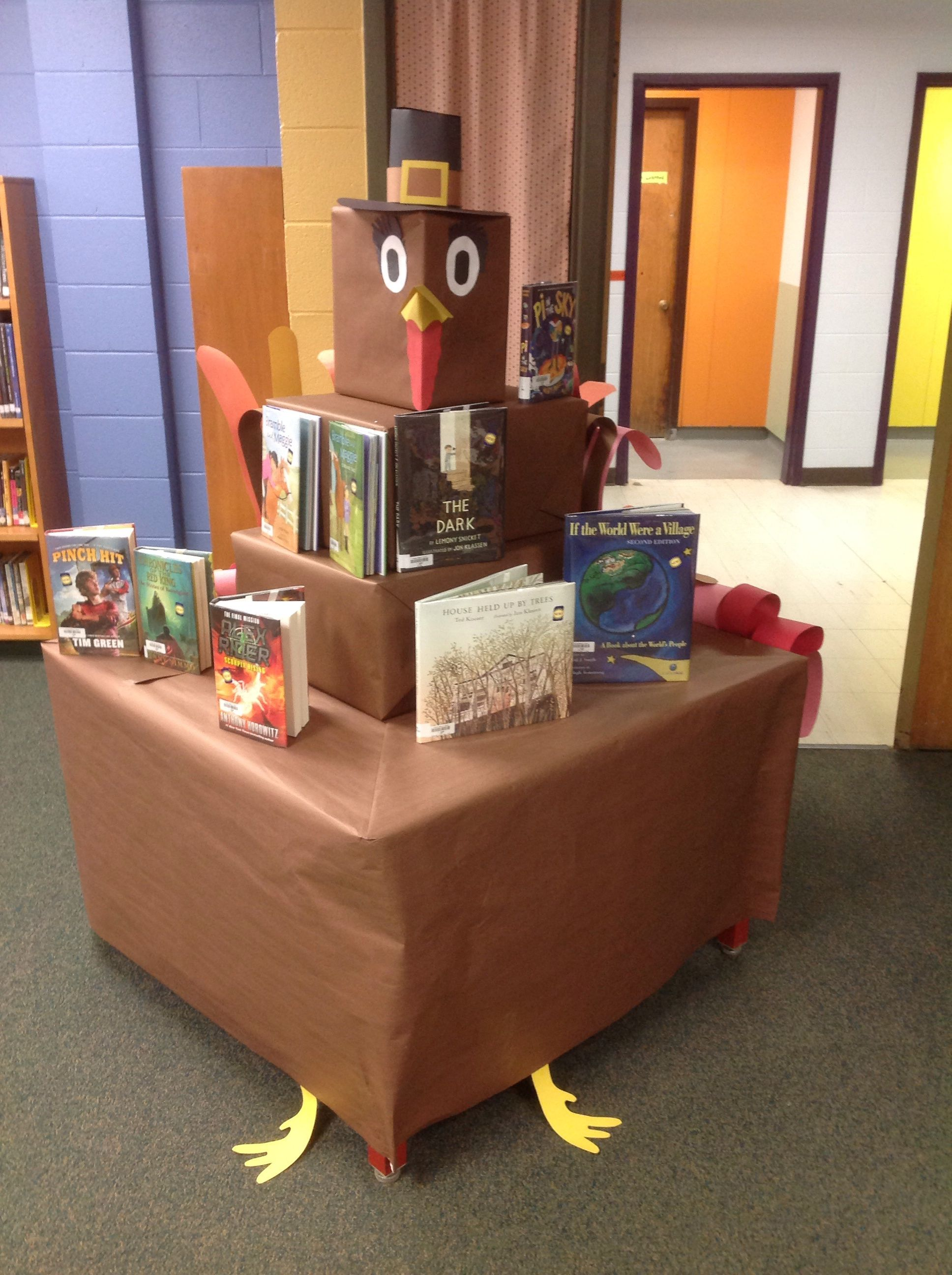 Decorating Ideas > School #library Ideas For Book Displays And Bulletin  ~ 073412_Thanksgiving Library Decorations