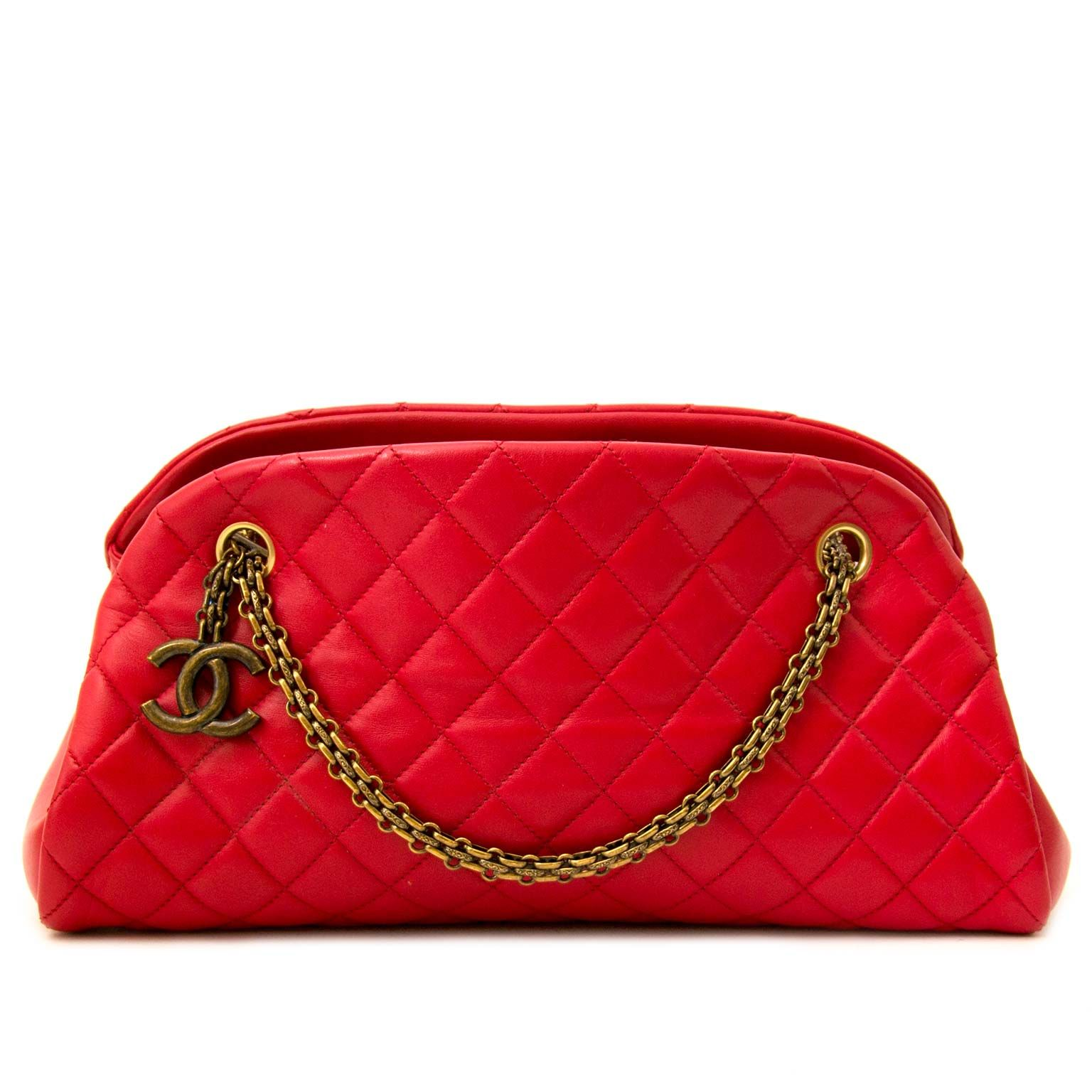 89b3076e373d Chanel Red