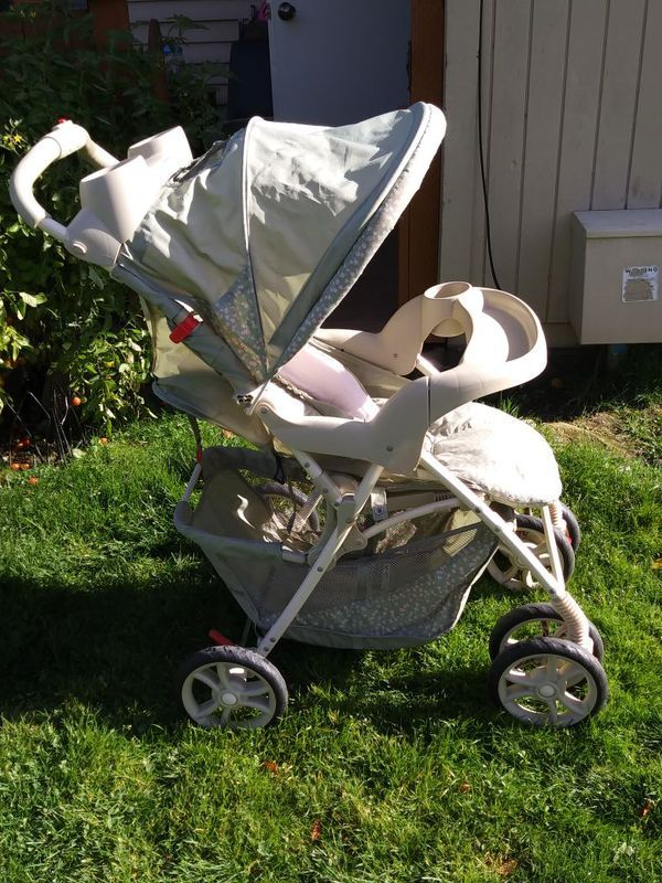 Graco Stroller for girls for Sale in Federal Way, WA (With