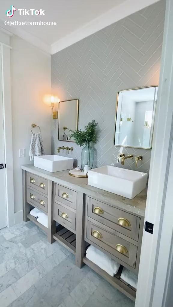 🌀Soft blue bathroom - nobledays.com