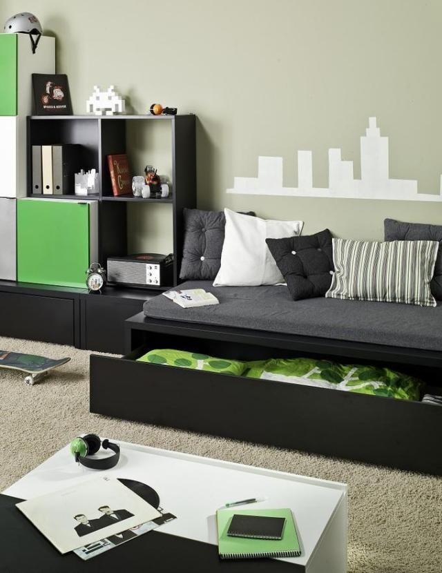 jugendzimmer ideen junge schwarz gr n wand muster schablone kinderzimmer jungs children 39 s room. Black Bedroom Furniture Sets. Home Design Ideas