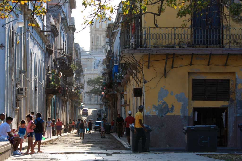 La Habana · CubaTropicalCuban CigarsFour SeasonsSceneryCaribbean