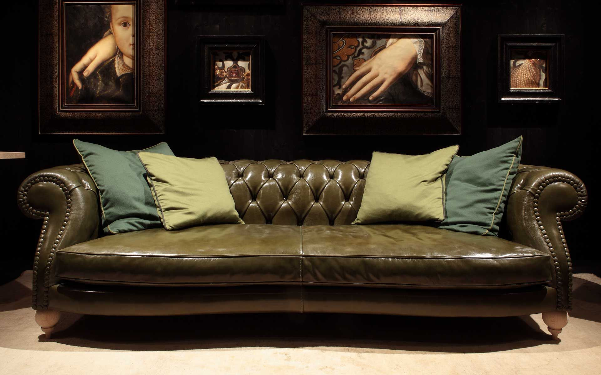 Divano Chesterfield Wiki Diana Chester Baxter Atelier Am Sofa Sofa Home Sofa Styling