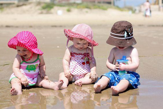 Faça com que seu Bebê aproveite o melhor do verão. Calçadose roupinhasem algodão com desconto aqui na Loja Pililo. Confiram!
