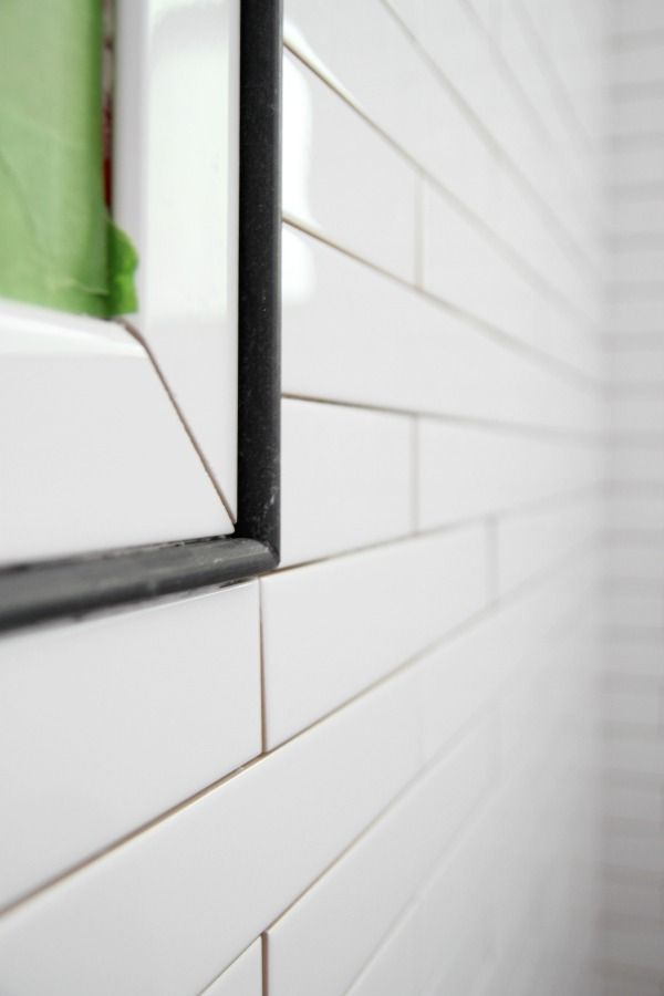Black Pencil Liner With Bullnose Trim And White Tile Black And White Tiles Bathroom White Bathroom Tiles House Tweaking