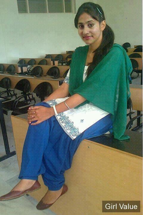 pakistani girl in green touch shalwar kameez