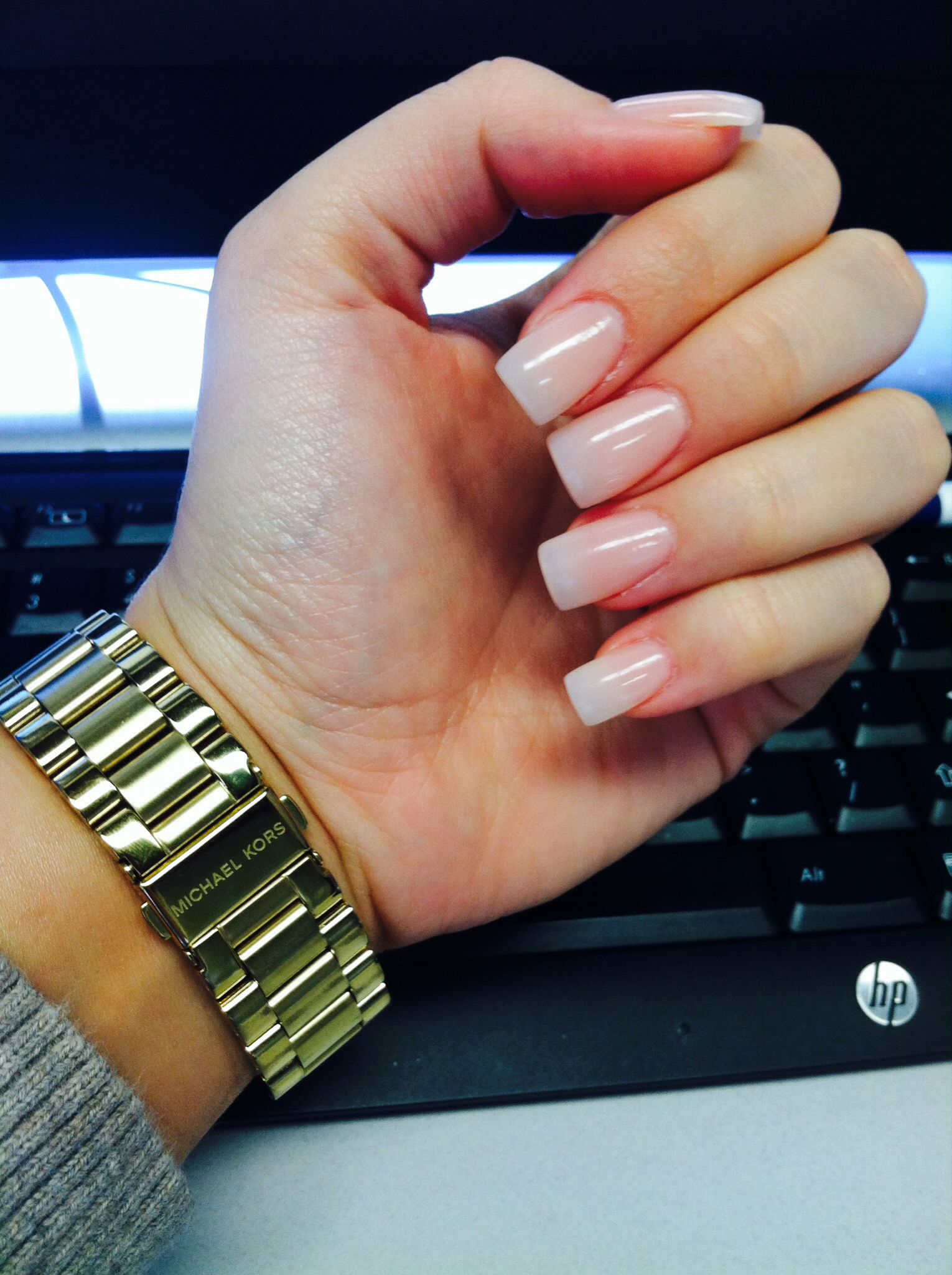 Never Get Acrylics But I Was In The Mood For Something Different Neutrals Love Mkwatch Manicura De Unas Manicura Manicuras