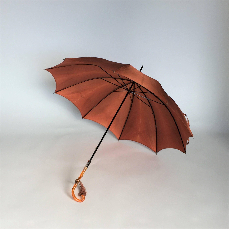 Vintage 1950 S 1960 S Ladies Umbrella With Pretty Printed Design Ladies Umbrella Vintage Umbrella Umbrella