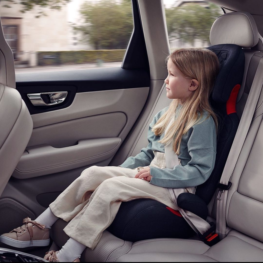 From The Inventors Of The Rearward Facing Child Seat Comes The Volvo Booster Seat Providing Children With A High Level Of Comfort Kids Seating Volvo Cars Usa