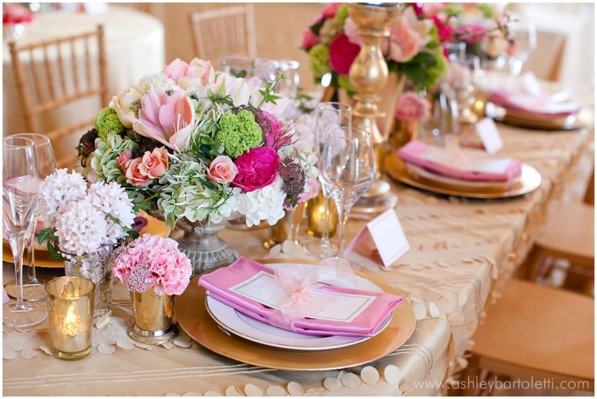 Sparkly Spring: Pink & Gold Styled Shoot at Cairnwood Estate | Ashley Bartoletti Photography | Blog