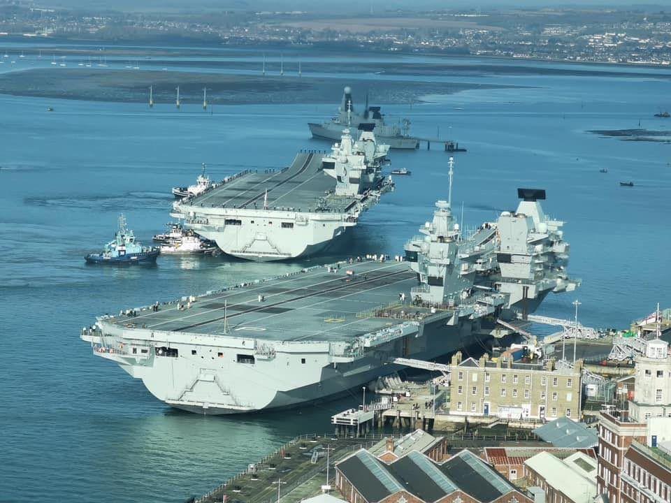 Pin By Alexandre On Royal Navy Royal Navy Ships Royal Navy Navy Ships