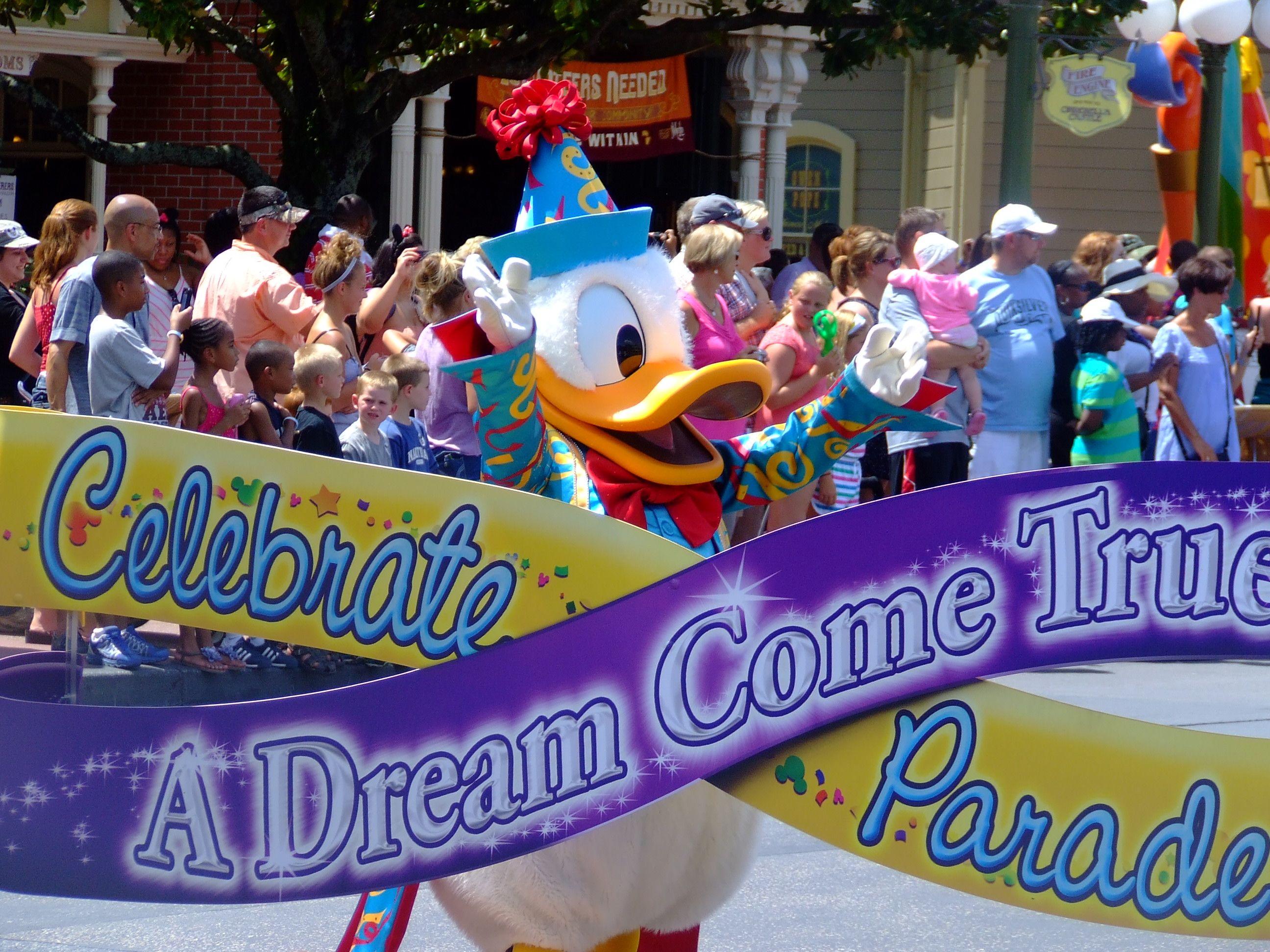 Celebrate a Dream Come True Parade, Magic Kingdom, Disneyworld
