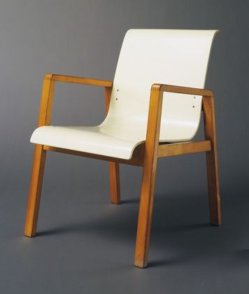 Alvar aalto stacking armchair model 403 1931 32 body for Alvar aalto muebles