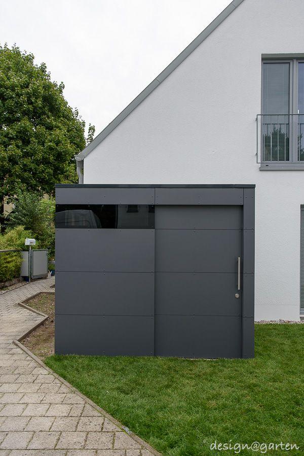Modern Carport Garage: Design Gartenhaus @gart Zwei In München