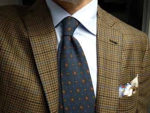 """styleforumnet: """"""""[…] it is better to wear no pocket square at all than to wear an ill-chosen one, and let's face it: most pocket squares are hideous. Rather, we'll showcase some of how some of Styleforum's own members wear them, and learn from their..."""