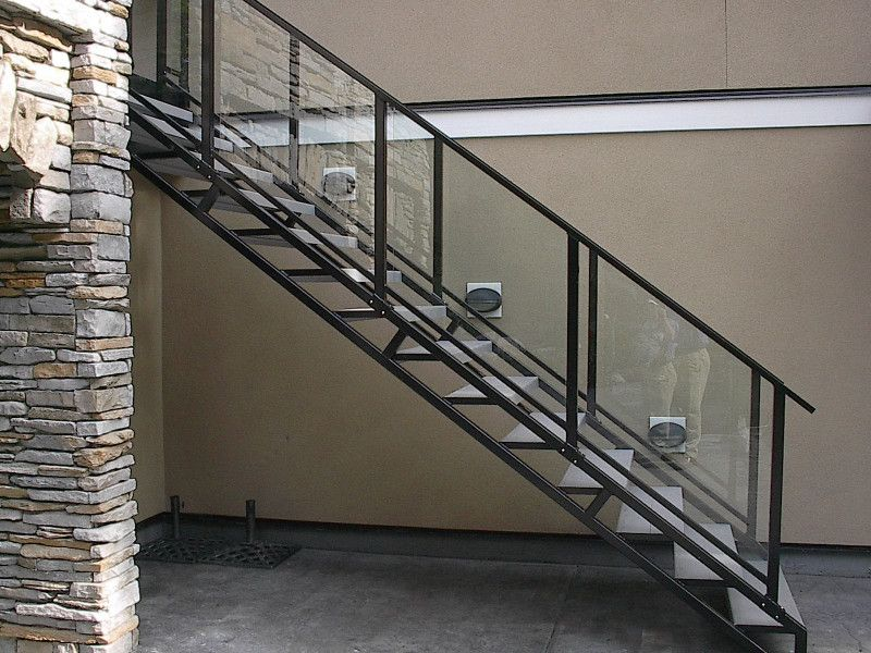 10 Elegant Metal Stairs For Two Storey Houses