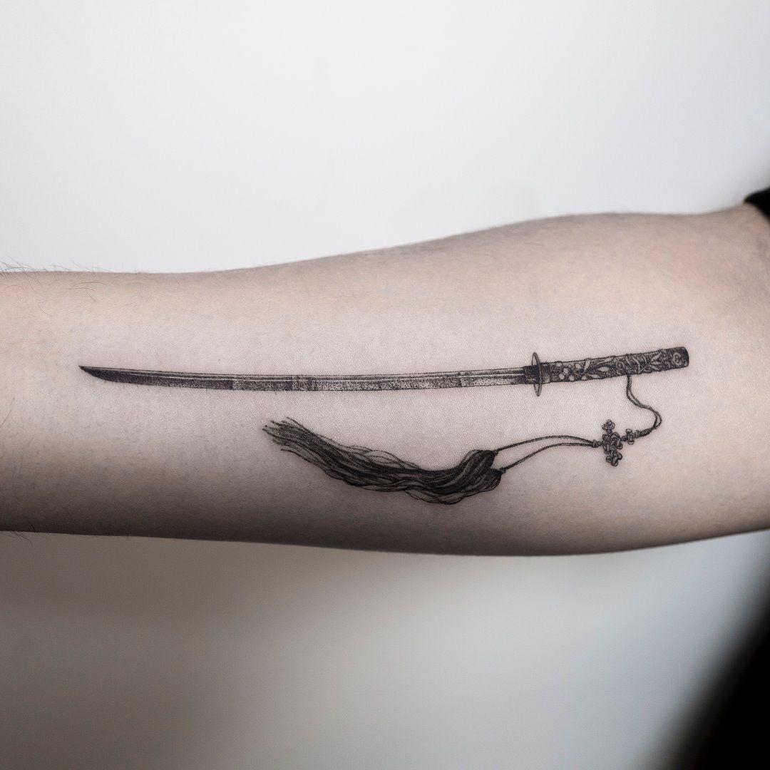 40 Katana Tattoo Designs For Men – Japanese Sword Ink Ideas