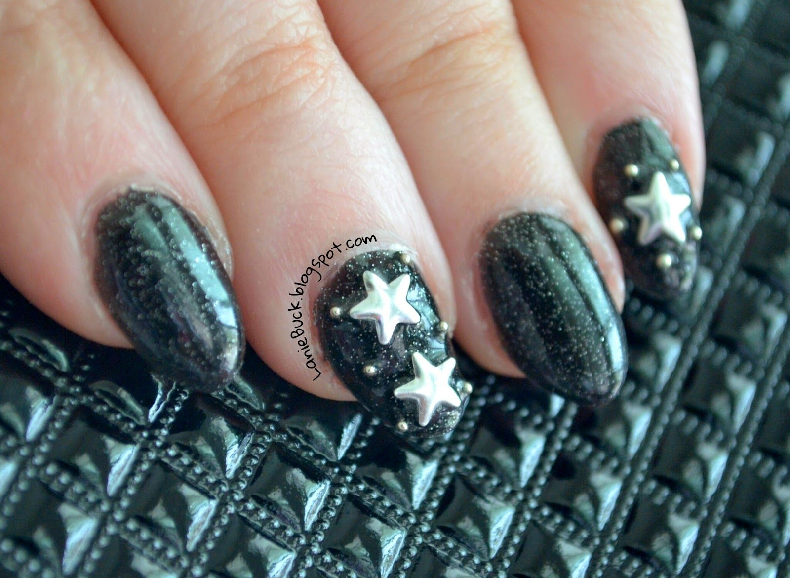 Lanie Buck: DIY Manicure- Star Studded Night Sky Nails with Video ...