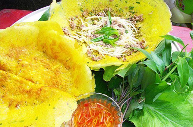 BÁNH XÈO CỦ HỦ DỪA ĐÃ TẠO NÊN NÉT KHÁC BIỆT CHO BÁNH XÈO BẢY TỚI | Indian food recipes, Cantonese food, Banh xeo