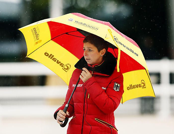 14-35-d00428-Monica-Theodorescu-Bundestrainerin-FN-GER
