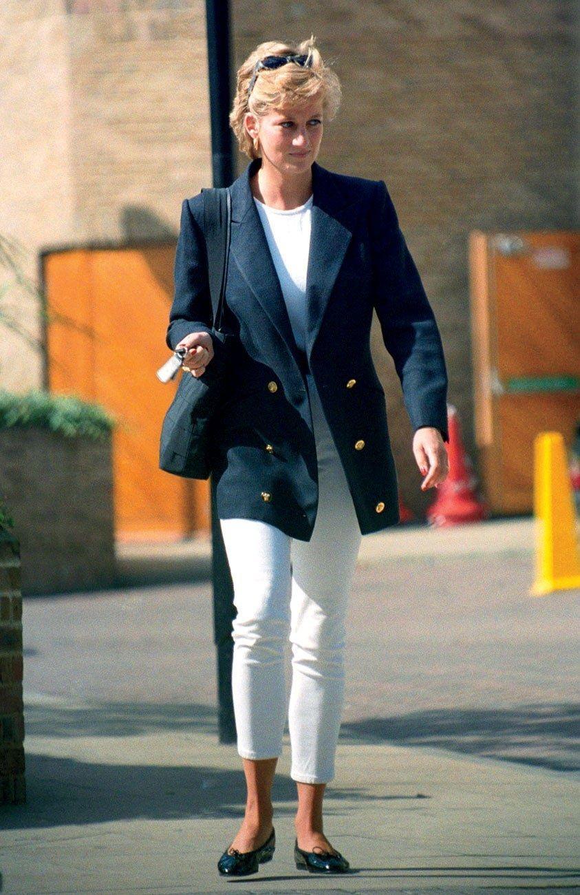White Jeans Worn By Princess Diana Princess Diana Fashion Diana