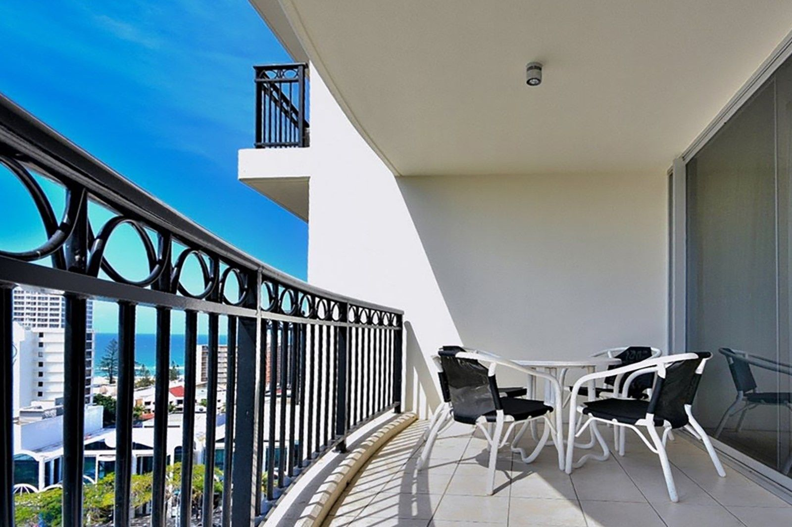 2 Bedroom Apartment For Sale At 1112 23 Ferny Avenue Surfers Paradise Qld 4217 View Property Photos Floor Plans Local School Catchmen Apartments For Sale 2 Bedroom Apartment Floor Plans