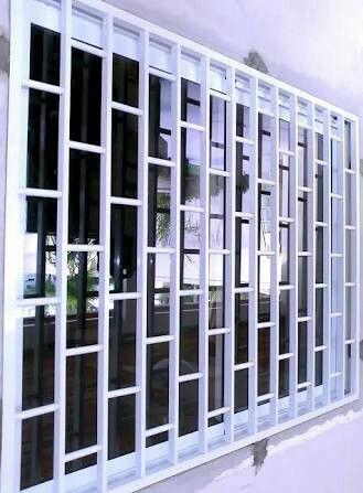 Pin By Badr Al Akel On Grades Balcony Grill Design Window Grill Design Modern Window Grill Design