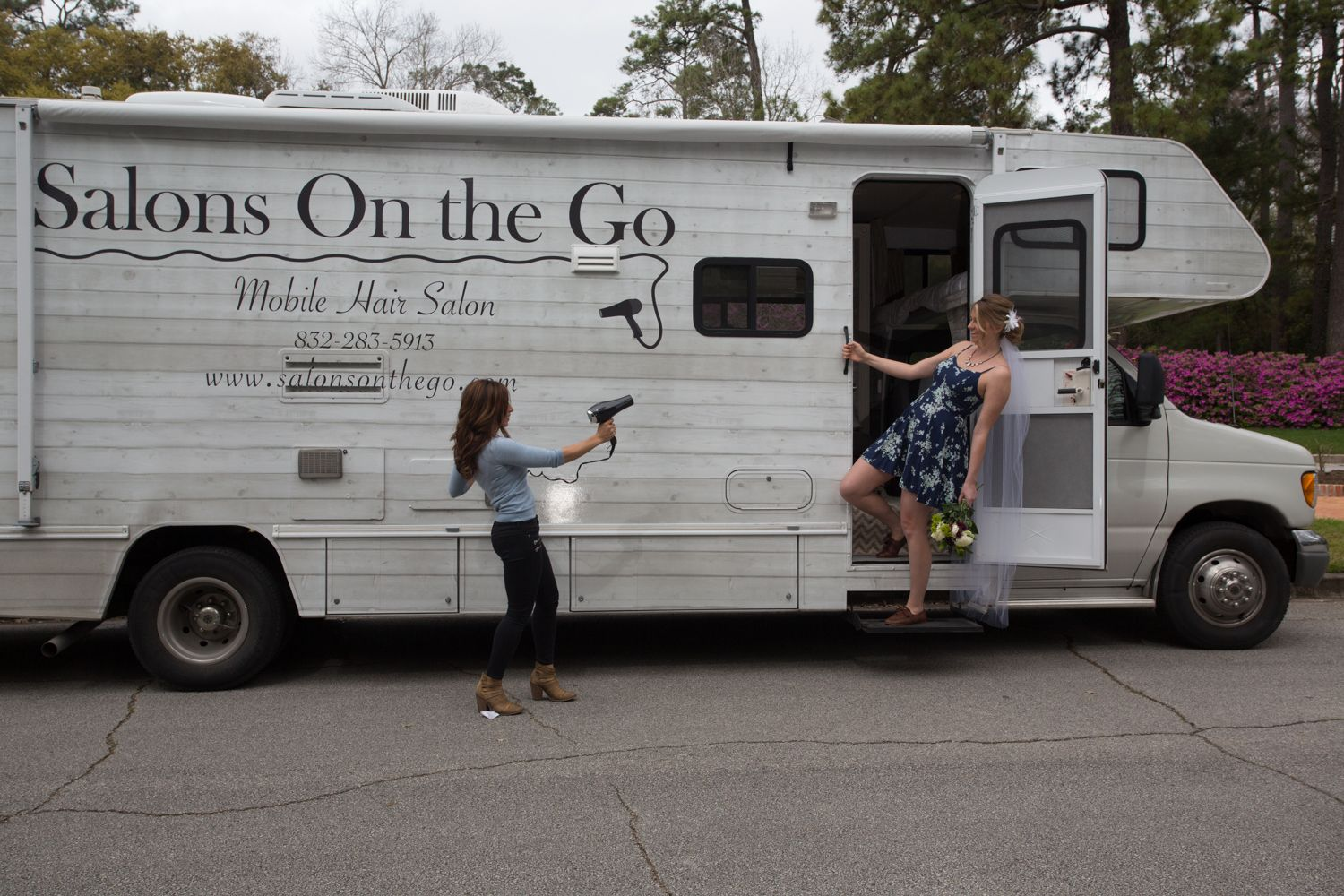 A Mobile Hair Salon Conveniently Located Where The Client Is Offering Services In Houston Tx