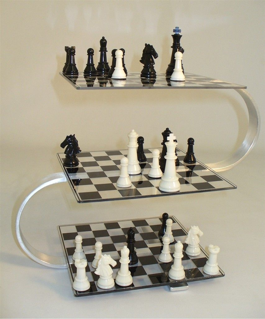 Strato Chess 3d Chess Set Is A Challenge On 3 Clear Lucite Stacked Boards It S Loads Of Fun And You Ll Experience A Defini Chess Game 3d Chess Set Chess Board