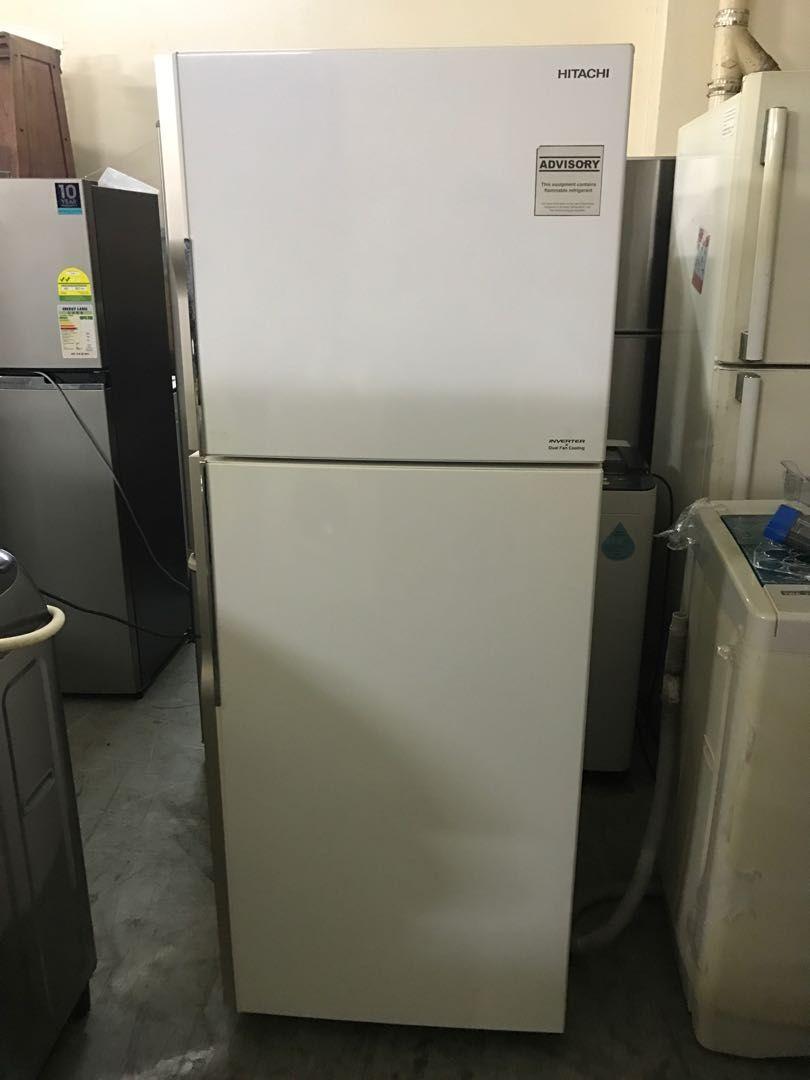Like New Hitachi 365l 2 Door Fridge Refrigerator Kitchen Liances On Carou