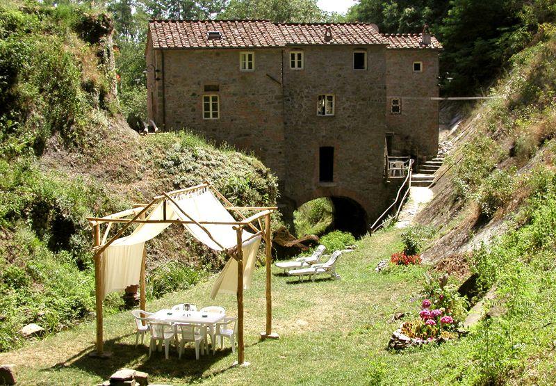 Il Mulino Di Torrigiani Al Fresco By The Creek Favorite Places Places Tuscan