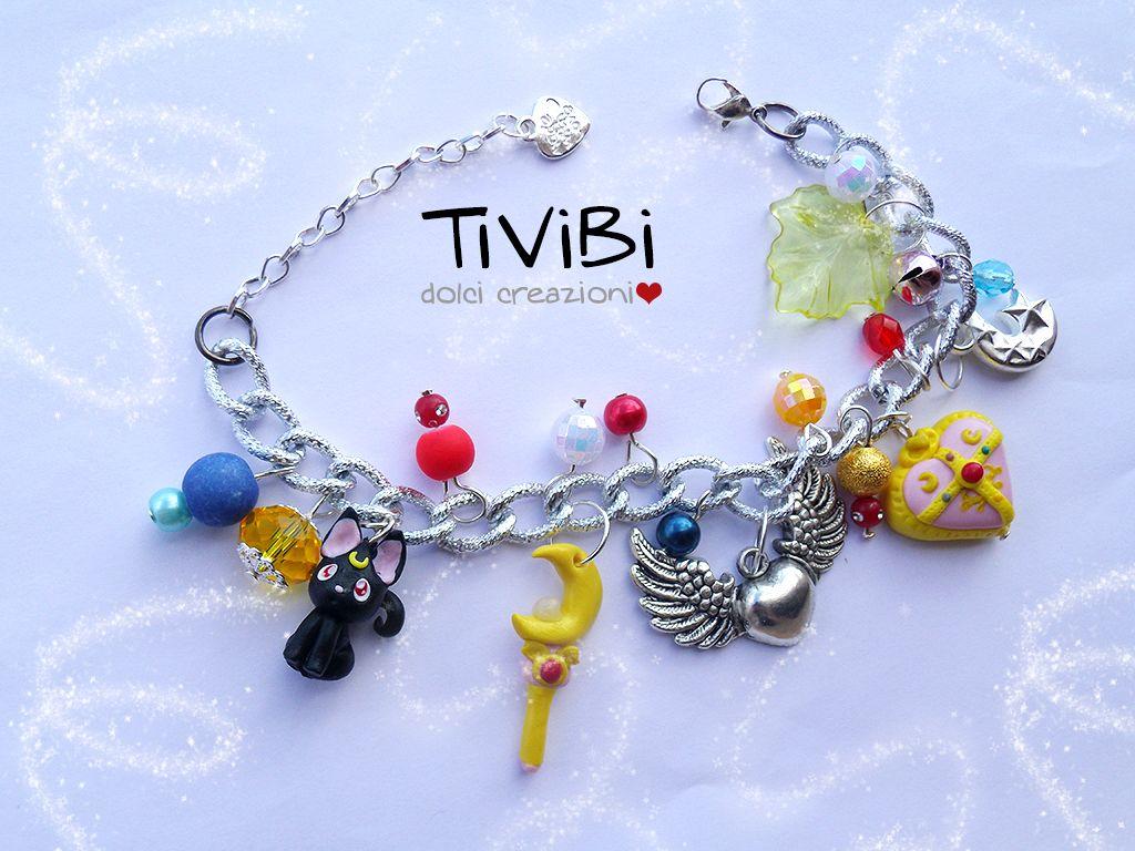 Sailor Moon bracelet, i want this