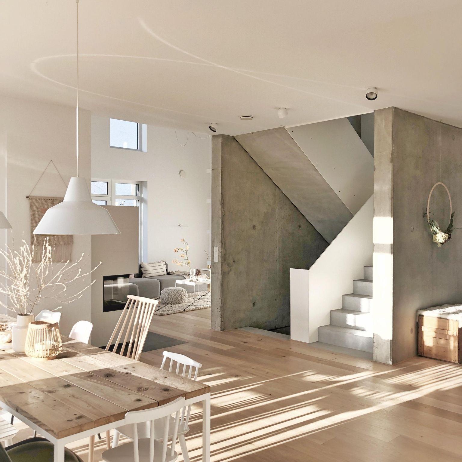 Sichtbeton! #sichtbeton#beton#betonwände#esstisch#herbst