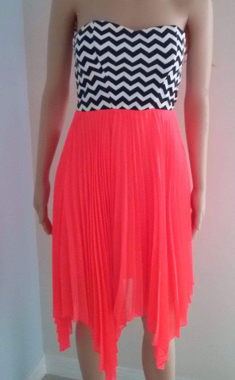 Juniors Short Strapless Dress