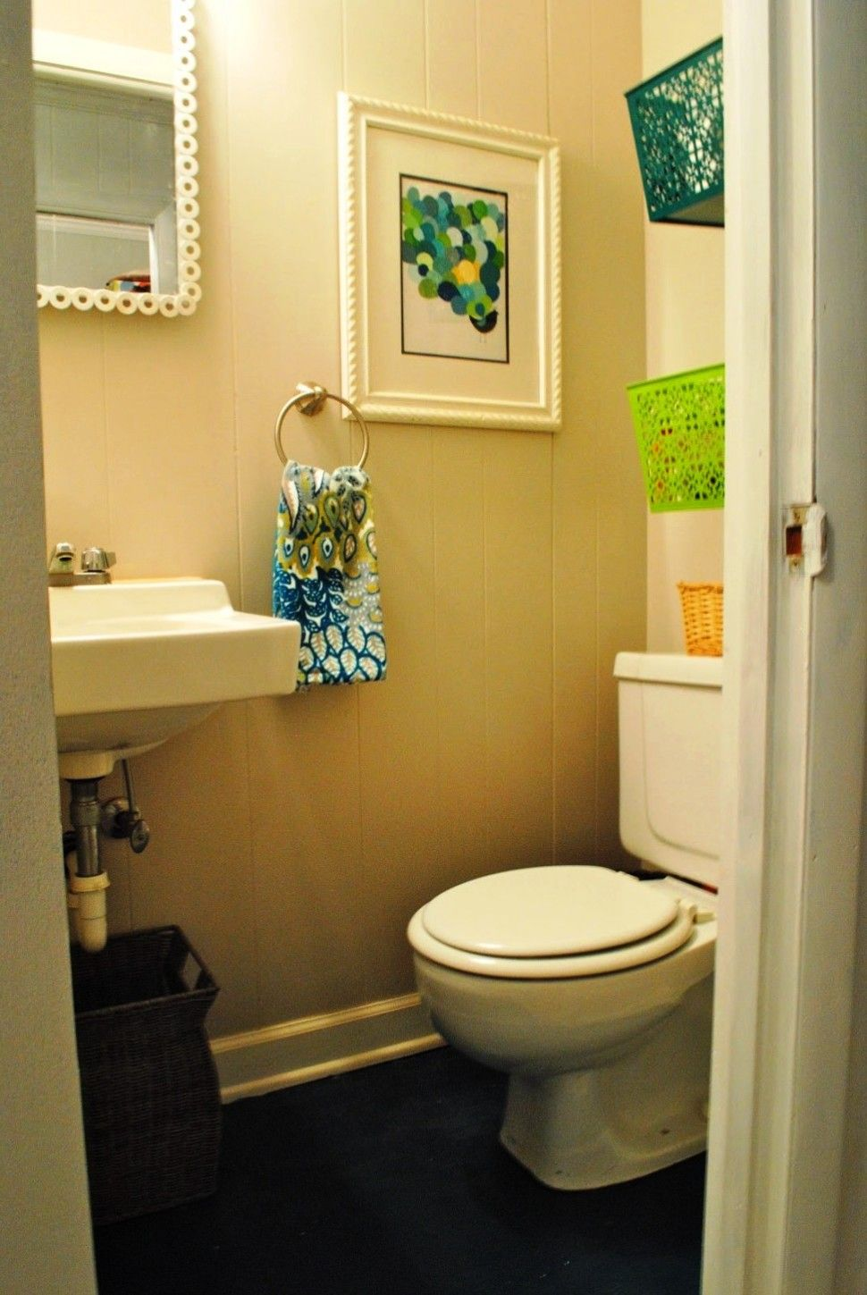 Bathroom:Creative Small Bathroom Decorating Ideas With Toilet And ...