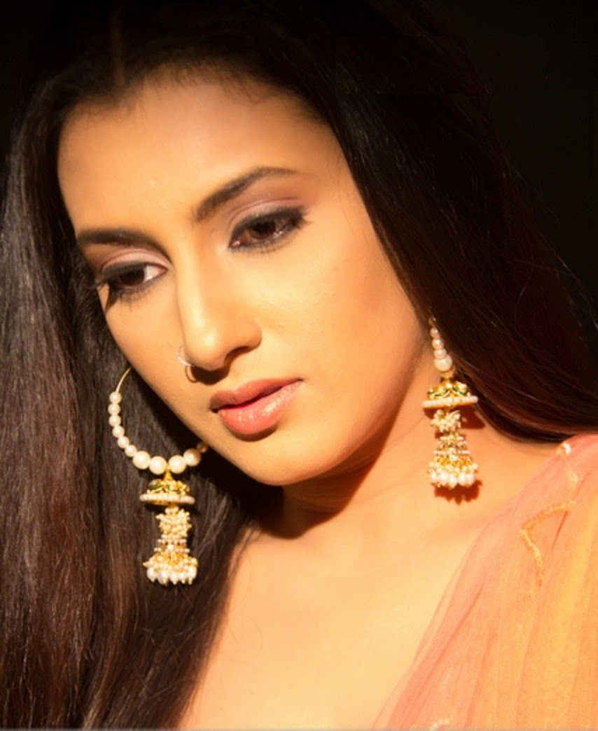 Watch Additi Gupta video