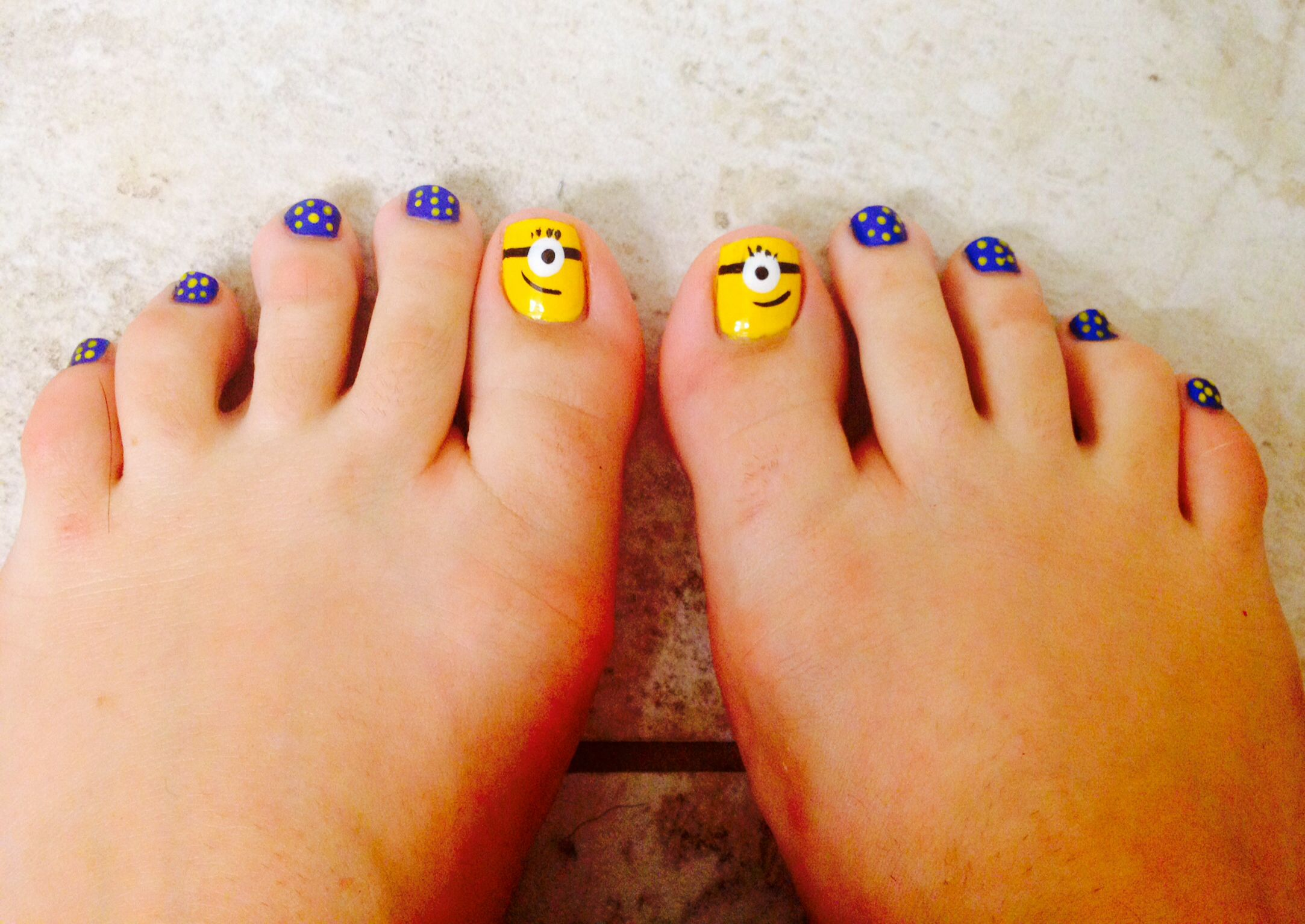 Minion nails | uñas | Pinterest | Uñas para niñas, Arte de uñas y ...