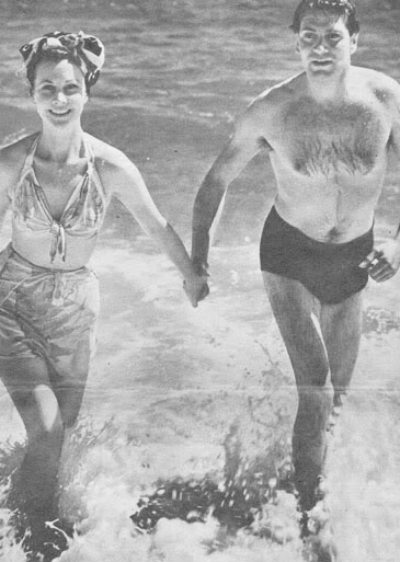 Laurence Olivier & wife Vivian Leigh.....Uploaded By www.1stand2ndtimearound.etsy.com